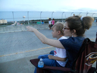 Kelly and Roo waiting for fireworks over Interstate 4